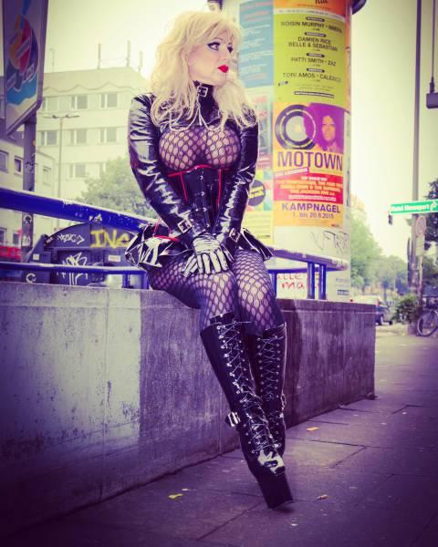 Sexinserat von Hobbyhure Samara aus Berlin, Telefon: