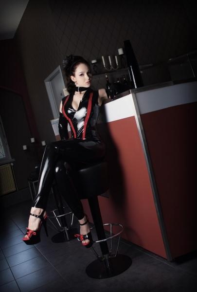 Sexinserat von Hobbyhure Lady Kira Page aus Berlin